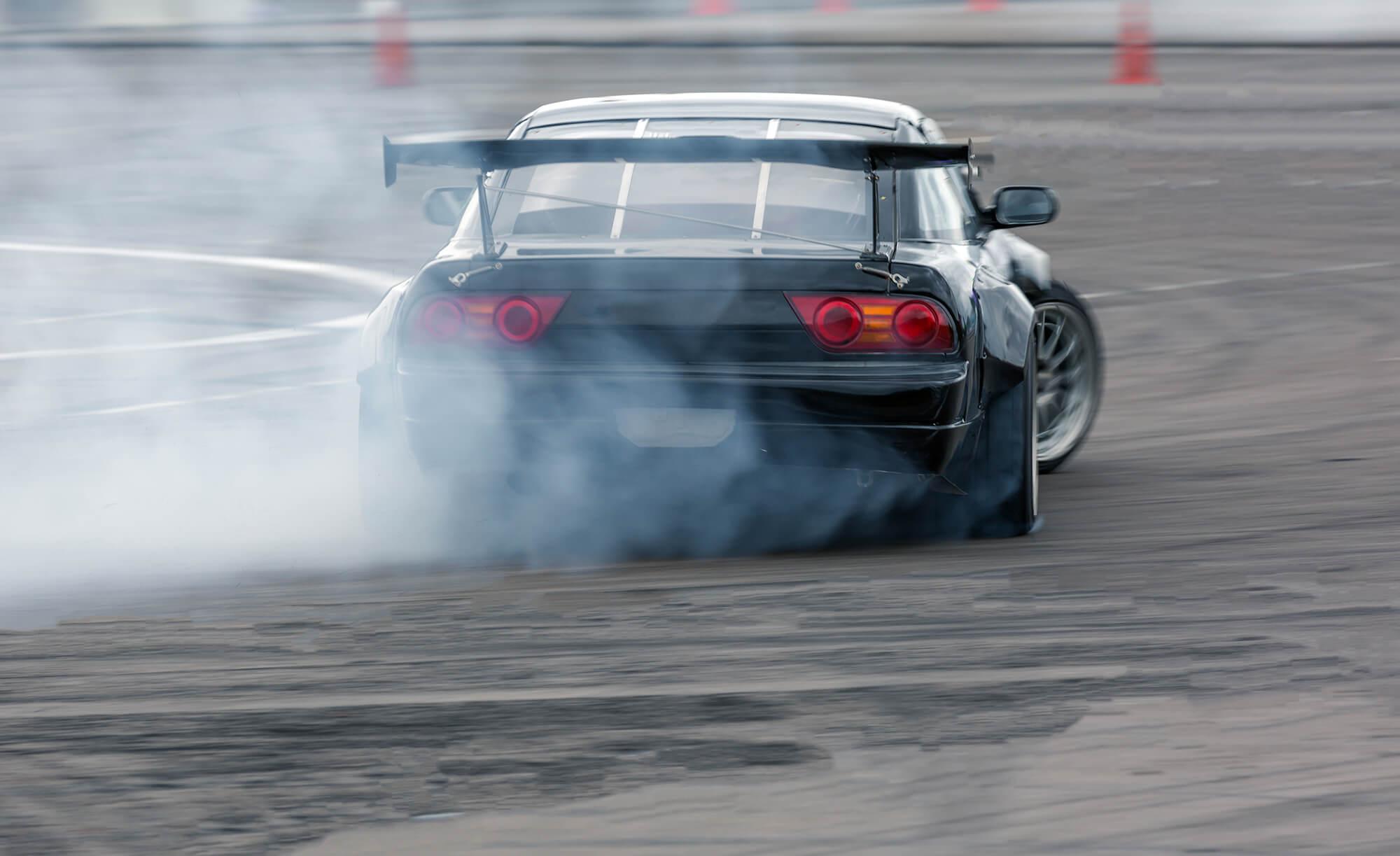 Varaa moottoriurheilukeskus tapahtumalle